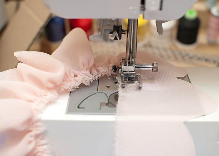 Giyim kumaş çiçek süslemeleri.  Georgette bir LOTUS (8) (700x500, 190KB)