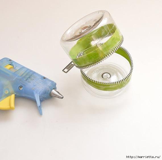Копилочка на молнии из пластиковой бутылки (5) (570x562, 107Kb)