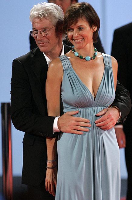 Ричард Гир и Кэри Лоуэлл (435x660, 73Kb)