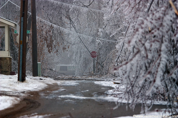 ice_tornado_45 (700x466, 386Kb)