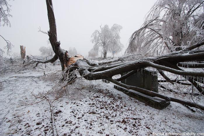 ice_tornado_47 (700x466, 380Kb)