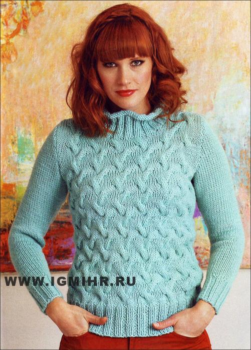 Бирюзовый пуловер с рельефными узорами, от финских дизайнеров. Спицы