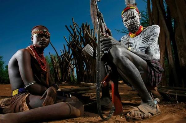 Девушки племена африки фото мужчины дрочат