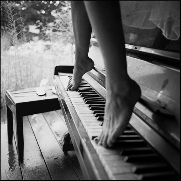 женщина-и-музыка-2 (603x603, 162Kb)
