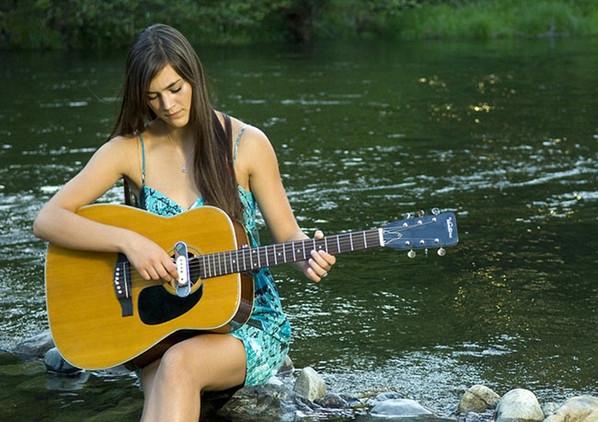 женщина-и-музыка-13 (598x422, 203Kb)