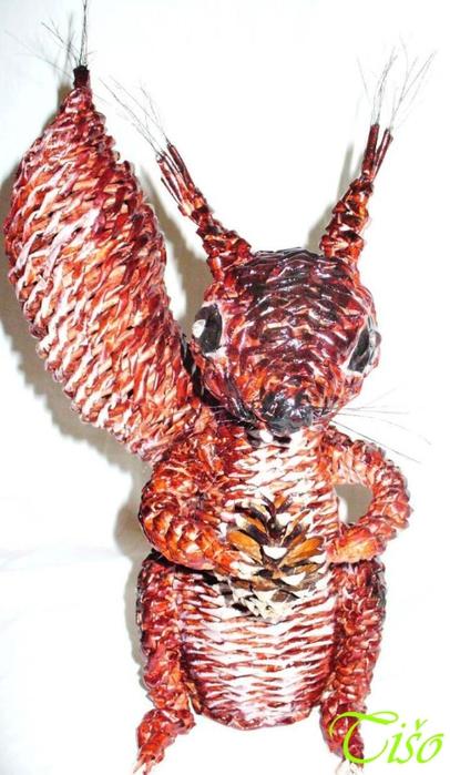 Белочка из газетных трубочек. Плетение (2) (406x700, 194Kb)