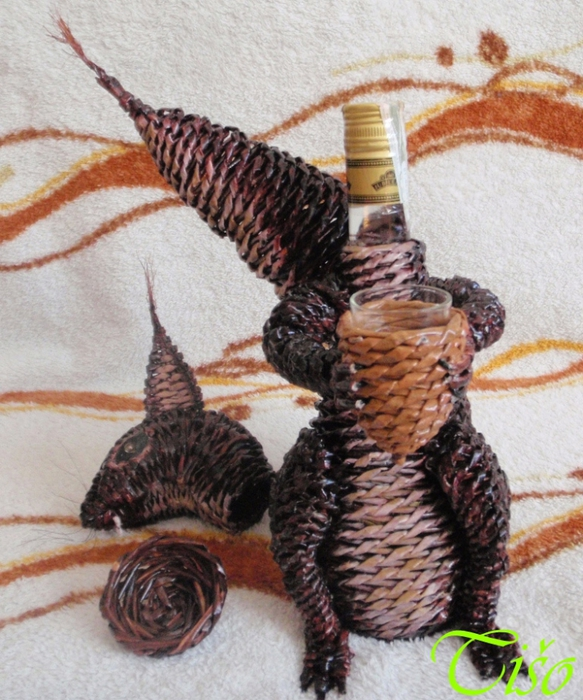 Белочка из газетных трубочек. Плетение (10) (583x700, 332Kb)