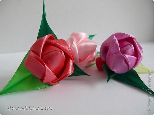 Цветочки из ленточек от Алены Никитиной (9) (520x390, 104Kb)