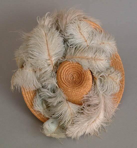 featherhat (550x593, 183Kb)