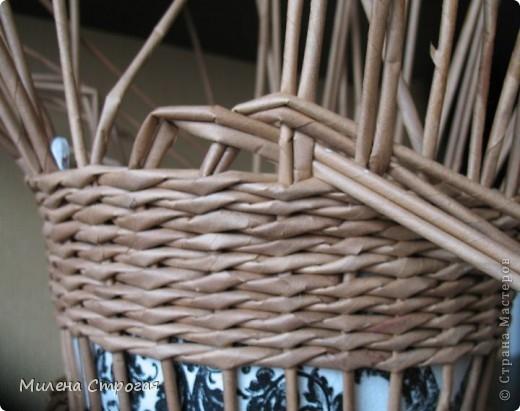 плетение из газет. кашпо для цветов (4) (520x411, 121Kb)