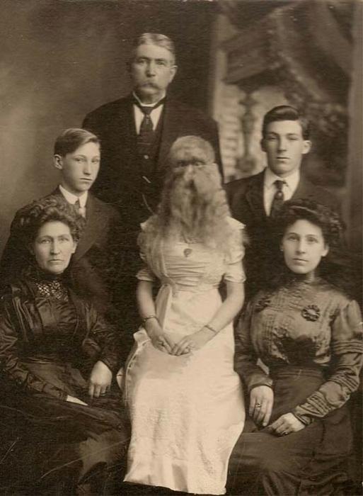 бородатые женщины фото 2 (513x700, 204Kb)