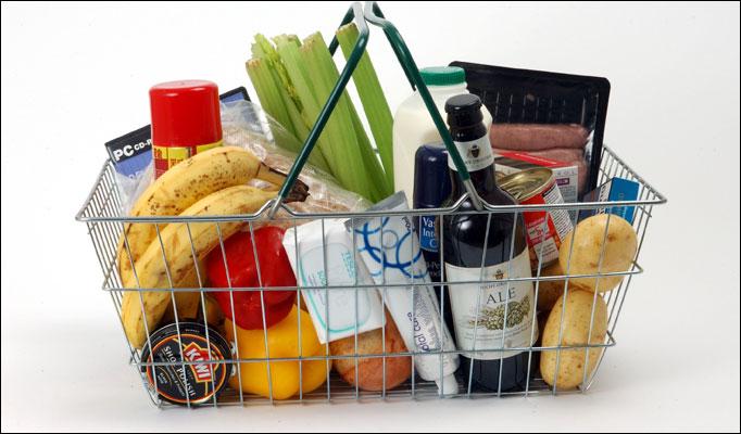 Как сэкономить деньги, посещая супермаркет/2565092_korzinka_s_prodyktami (682x400, 65Kb)