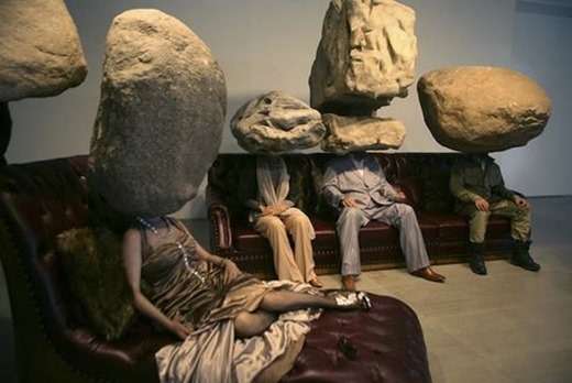 Современное искусство. Китайская инсталляция «Подросток подросток»