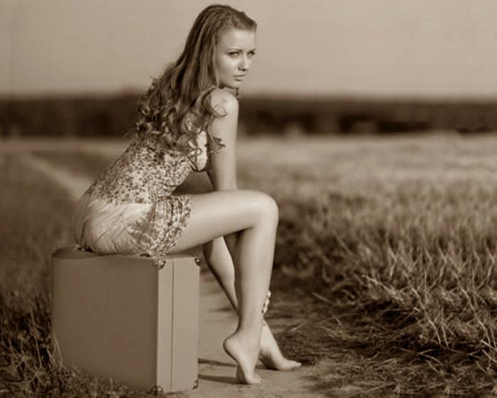 Целовать красивые ноги у женщин 11 фотография