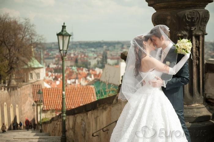 svadba-v-prage-hrad (700x466, 194Kb)