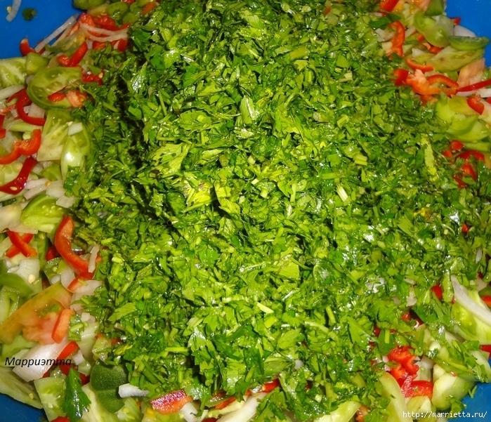 Салат из зеленых помидор с морковкой (9) (700x601, 479Kb)