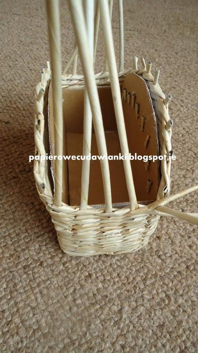 Плетение из газет. Шкатулка-сундучок из коробки. Мастер-класс (19) (393x700, 237Kb)