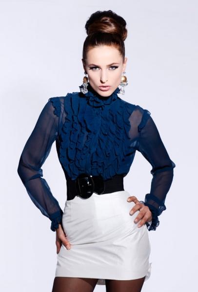 длинное платье с разрезами с чем носить