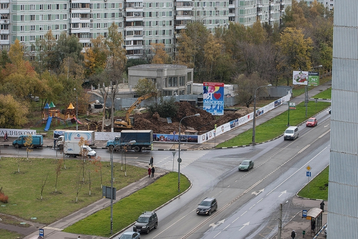 Вид на улицу Теплый Стан (700x468, 316Kb)