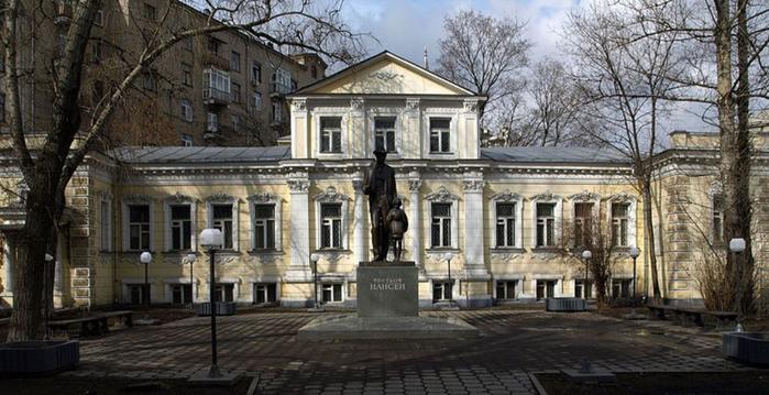 Moscow,_Bolshoy_Levshinsky_4_(1) (700x359, 297Kb)