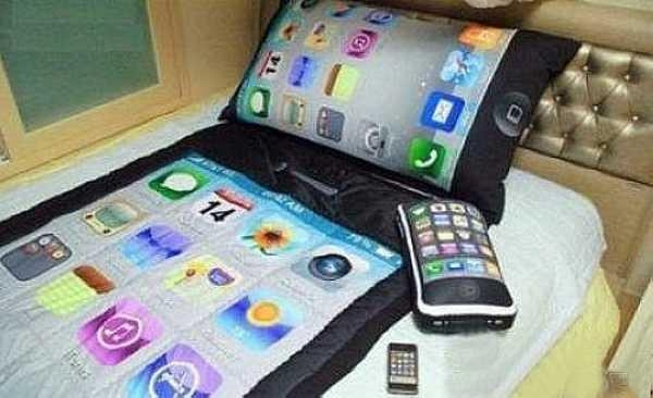 iphone-bedding-set (600x366, 105Kb)