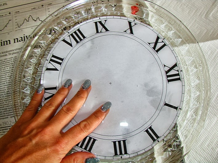 Своими руками. Часы с декупажем. Мастер-класс (2) (700x524, 305Kb)