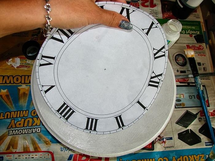 Своими руками. Часы с декупажем. Мастер-класс (5) (700x524, 291Kb)