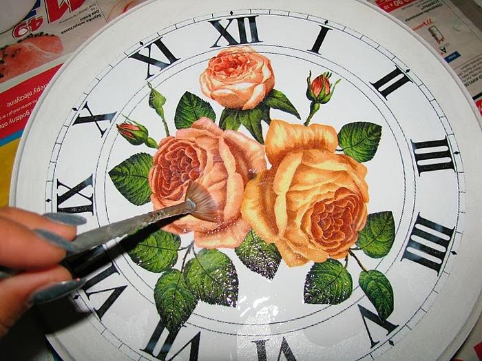 Своими руками. Часы с декупажем. Мастер-класс (9) (700x524, 317Kb)