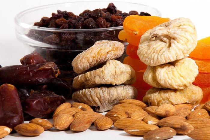 полезные сладости (700x466, 376Kb)