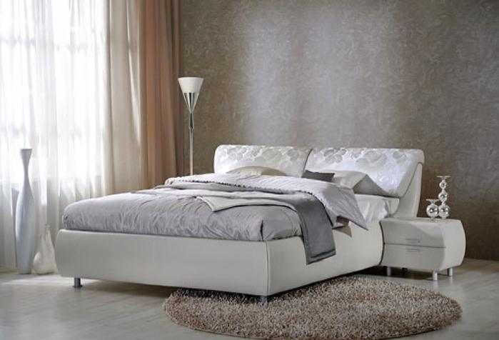 купить кровать в спальню (700x476, 173Kb)