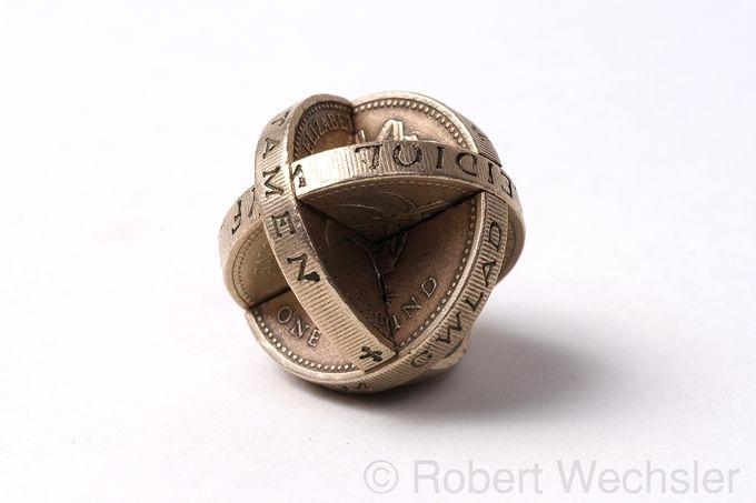 скульптуры из монет Robert Wechsler 5 (680x453, 82Kb)