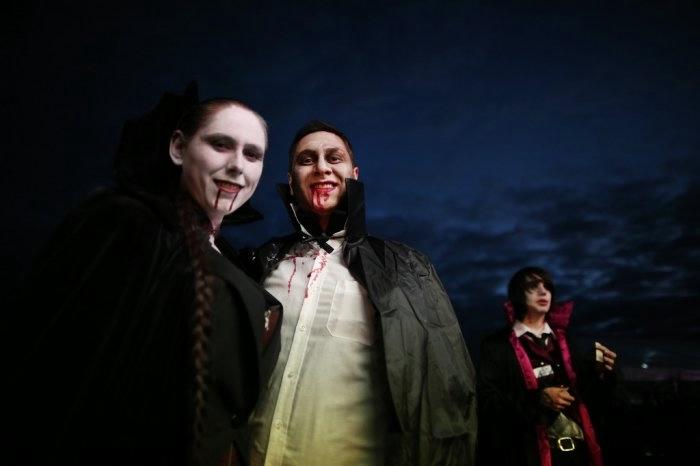 вампиры фото 6 (700x466, 62Kb)