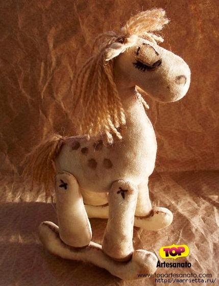 Шьем игрушки кофейную лошадку, улитку, совушку, снеговика и подушку-собачку (20) (429x560, 203Kb)