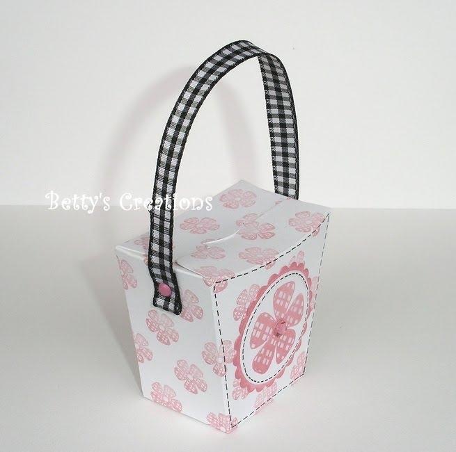 Коробочки, корзинки и новогодние игрушки из картона. Шаблоны (43) (655x650, 140Kb)