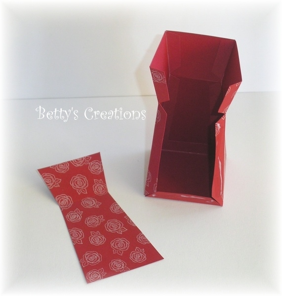 Коробочки, корзинки и новогодние игрушки из картона. Шаблоны (72) (571x600, 137Kb)