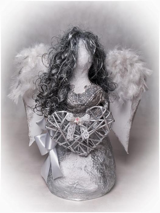 Рождественский ангел из папье маше. Видео мастер-класс (10) (526x700, 204Kb)
