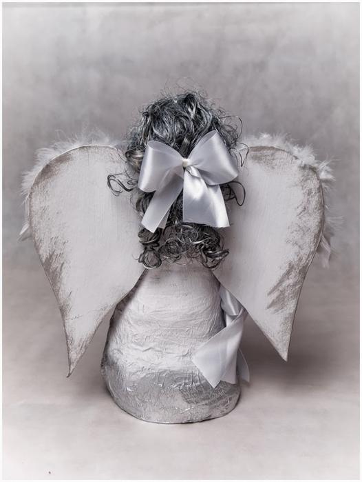 Рождественский ангел из папье маше. Видео мастер-класс (12) (526x700, 180Kb)