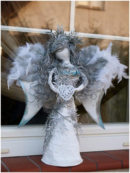 Рождественский ангел из папье маше. Видео мастер-класс (14) (526x700, 254Kb)