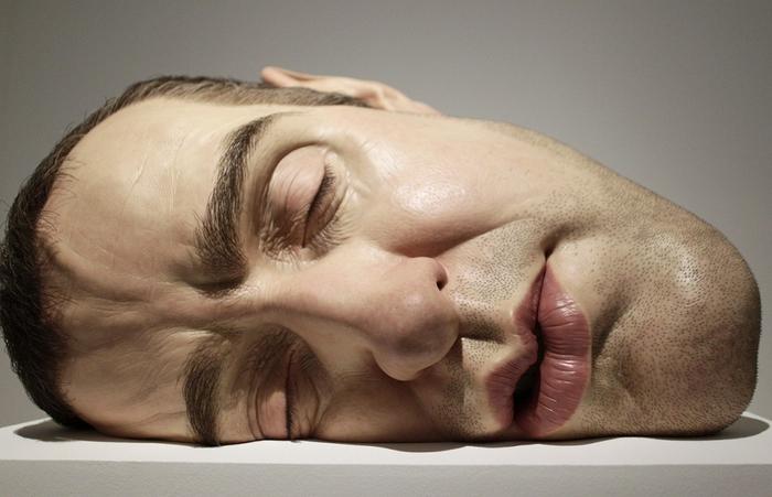 скульптуры Рона Мьюека 1 (700x451, 199Kb)