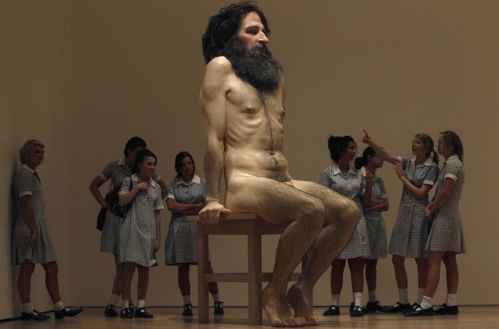 скульптуры Рона Мьюека 2 (700x462, 172Kb)