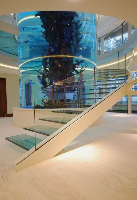 4027137_AmazingStaircasewithLargeCylinderAquarium600x876_1 (479x700, 69Kb)