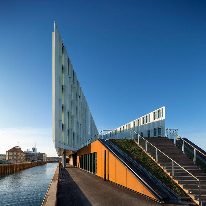 здание оон копенгаген 2 (670x671, 255Kb)