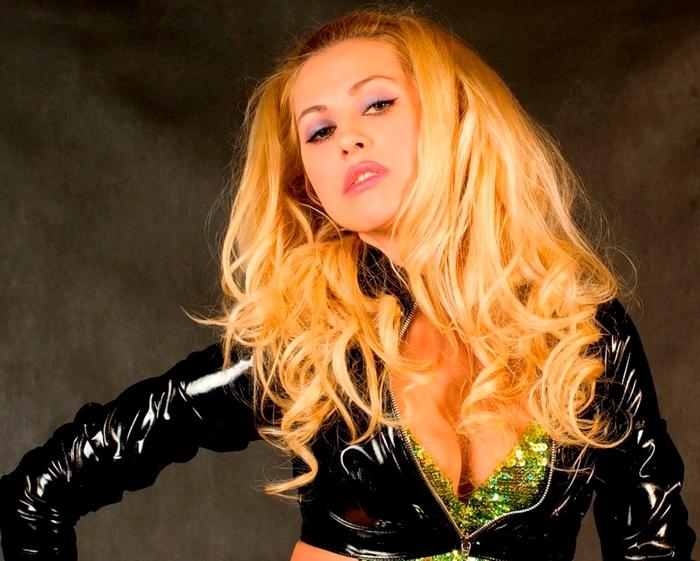 Фото алёна валенская певица фото 189-210