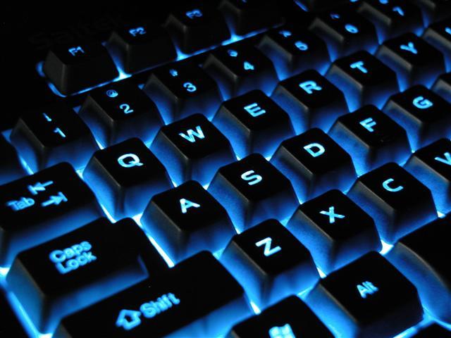 klaviatura (640x480, 50Kb)