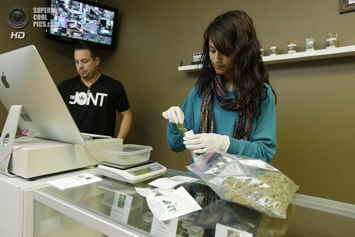 магазин по продаже медицинской марихуаны 3 (700x466, 234Kb)