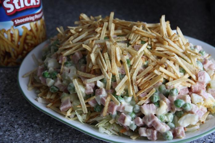 Картошка чипсы салат