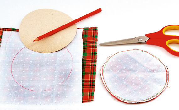 Рождественские АНГЕЛЫ - текстильные игрушки для елочки (1) (570x350, 357Kb)