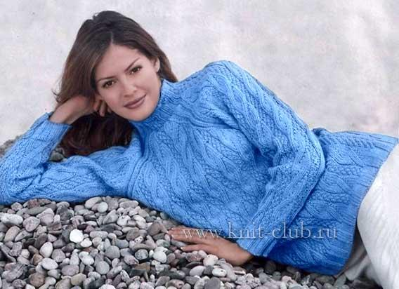 Женский свитер на осень связан