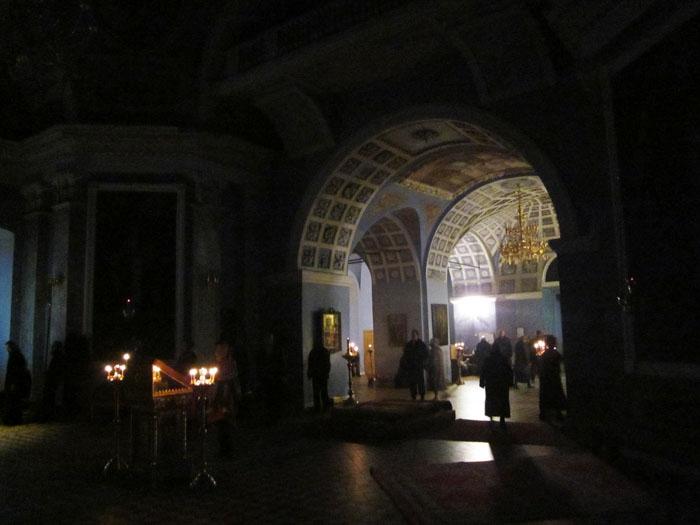 09 Спасо-Яковлевский монастырь в Ростове (700x525, 167Kb)