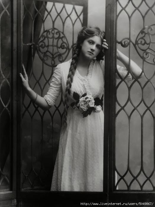 Gladys_Cooper_by_Alexander_Bassano (524x700, 155Kb)